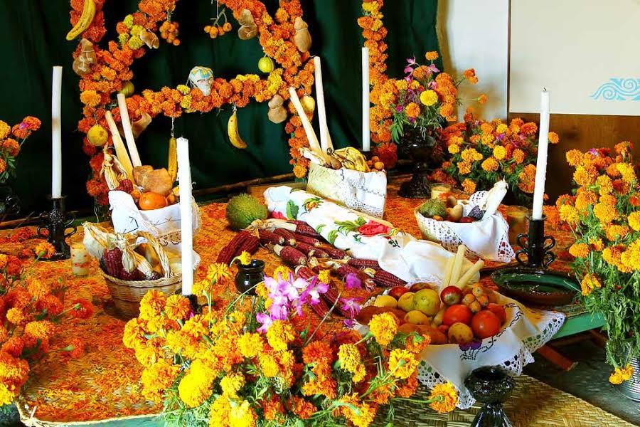 La Celebración de Día de Muertos